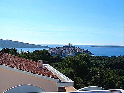 view (house and surroundings) - 00306PRIM R4(2) - Primosten - Primosten - rentals