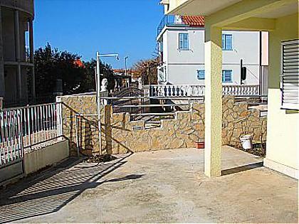 courtyard (house and surroundings) - 0706ROGO A4(3+2) - Rogoznica - Rogoznica - rentals