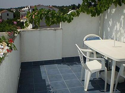 SA7(2): balcony - 002SUCU  SA7(2) - Sucuraj - Sucuraj - rentals