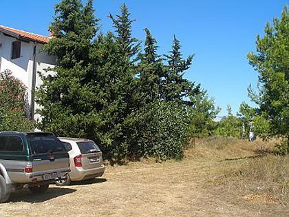 parking (house and surroundings) - 001PRIV A2(4+2) - Privlaka - Privlaka - rentals