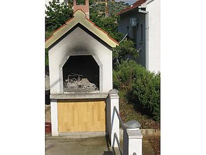 grill (house and surroundings) - 003MAST A1(2+1) - Mastrinka - Mastrinka - rentals