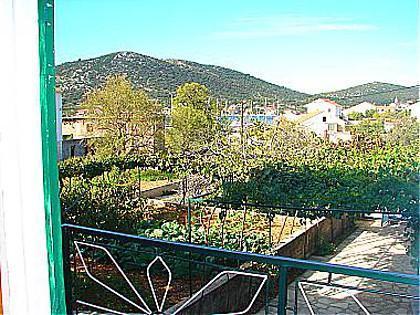 H(6+1): terrace view - 00107VINI H(6+1) - Vinisce - Vinisce - rentals