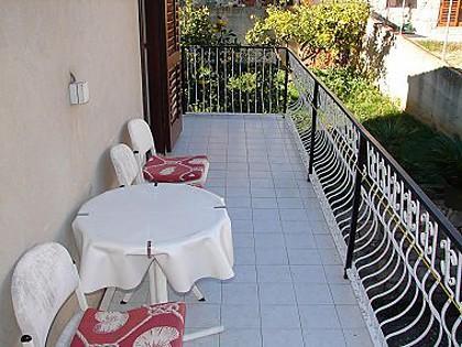 A2(2): balcony - 02304VIS A2(2) - Vis - Vis - rentals