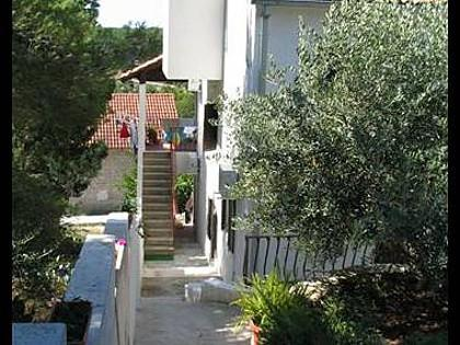 greenery (house and surroundings) - 2358 A2(2+2) - Milna (Brac) - Milna (Brac) - rentals