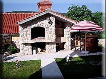 grill (house and surroundings) - 2984 A1(4+1) - Supetarska Draga - Supetarska Draga - rentals