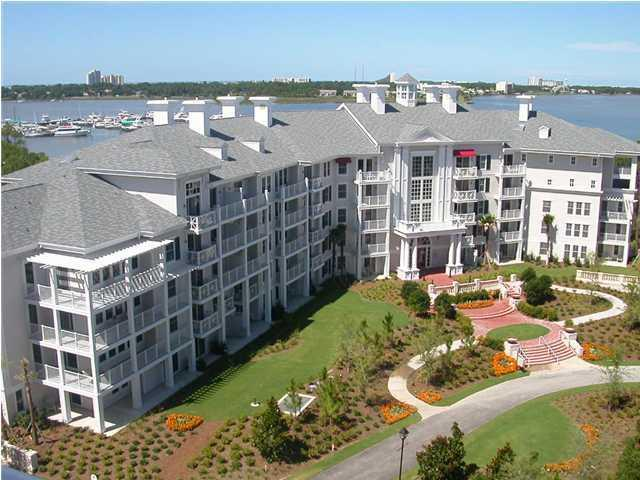Great Couples Getaway – Walk to the Village of Baytowne Wharf.  BOOKING NOW! - Image 1 - Destin - rentals