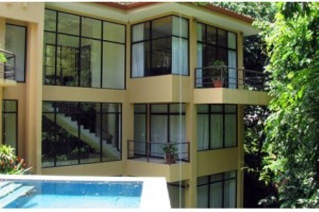 lovely 3 bedroom home facing the pool - exotic mountain villa with private pool ad all the - Ciudad Colon - rentals