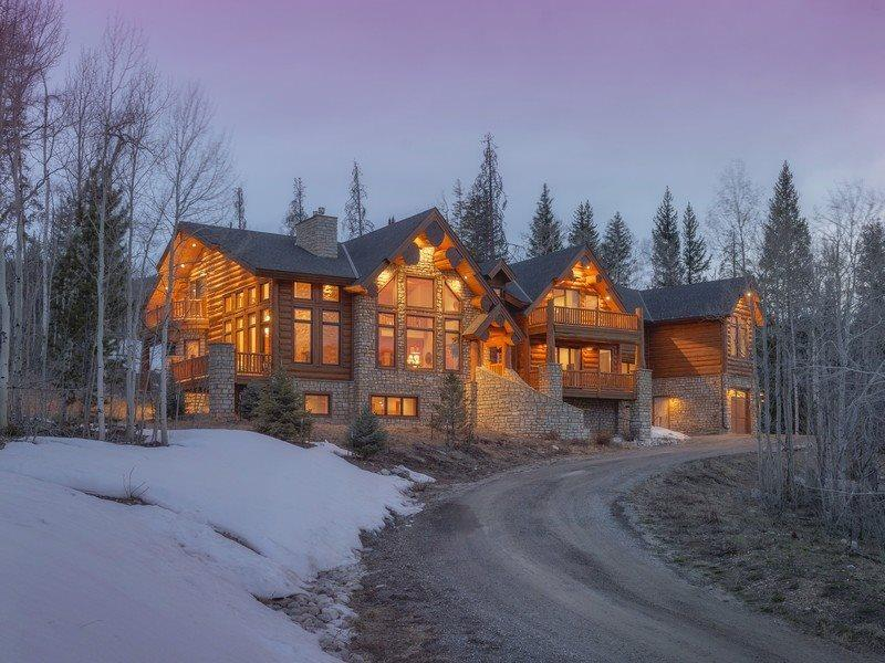 Ruby Ranch Home - 10,000 square feet, rec room, movie theatre, full bar, wine cellar! - Image 1 - Silverthorne - rentals