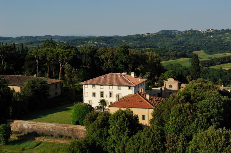 Villa Montefoscoli - Image 1 - Legoli - rentals