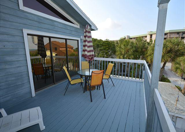 Patio - Beachside 2 Bedroom/2 Bath Condo - Indian Rocks Beach - rentals