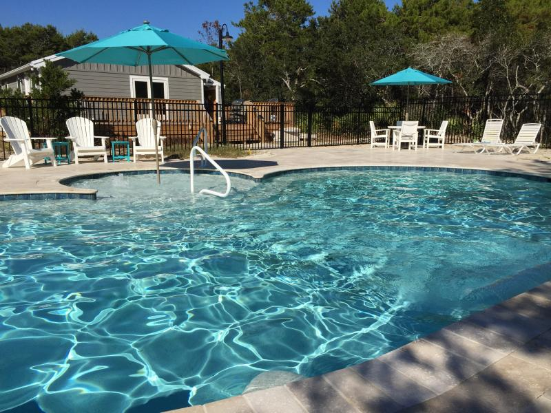 Private pool and spa exclusively for Little Gray Cottage guests. - 'Little Gray Cottage' Private Pool&Spa,Beach Setup - Seacrest - rentals