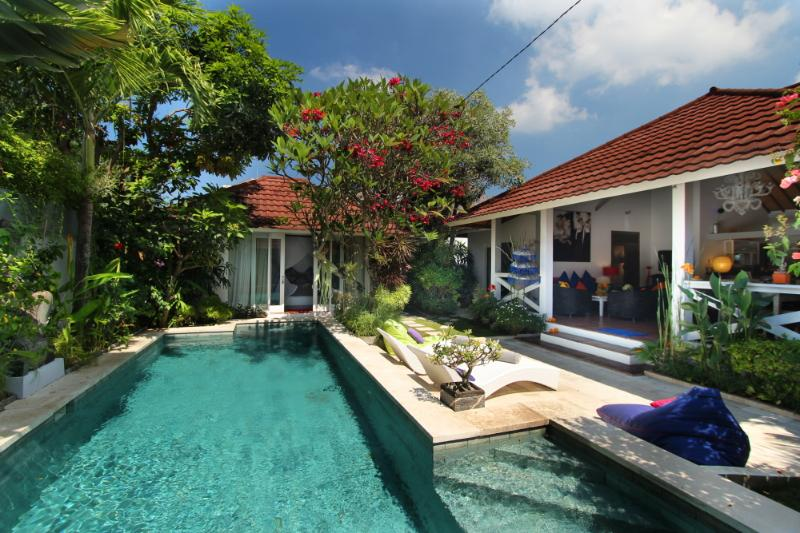 Gorgeous Tropical Villa 500 m Seminyak Beach - Image 1 - Seminyak - rentals