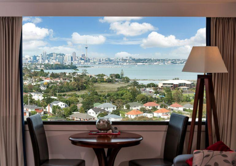 Apartment has stunning views - Serviced Apartment Spencer on Byron in Takapuna on North Shore, Auckland near the Beach - Greytown - rentals