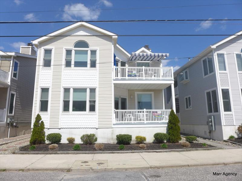 607 18th Street, 2nd Floor 113440 - Image 1 - Ocean City - rentals