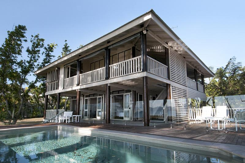 Magic Beach House- Exterior and Pool  - Magic Beach House - Mission Beach - rentals