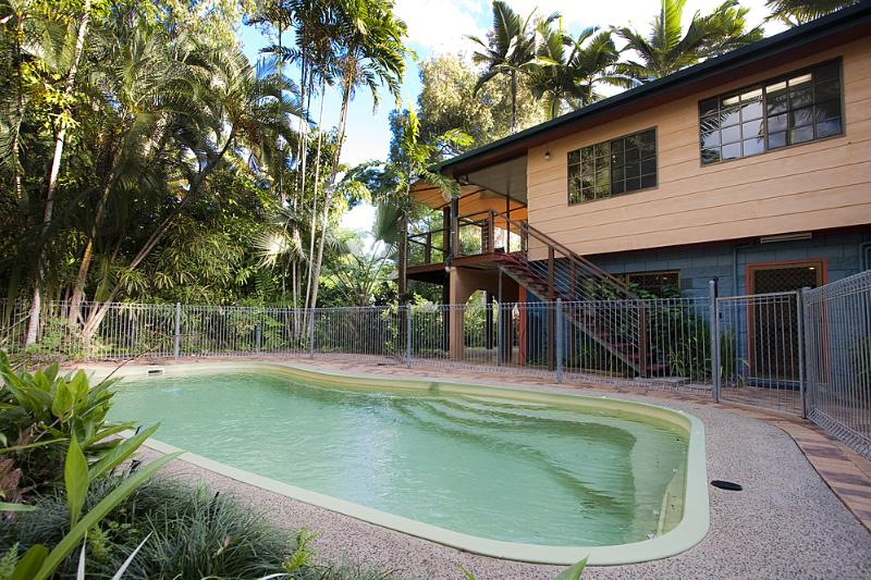 Curlew - Pool to House  - Curlew - Mission Beach - rentals