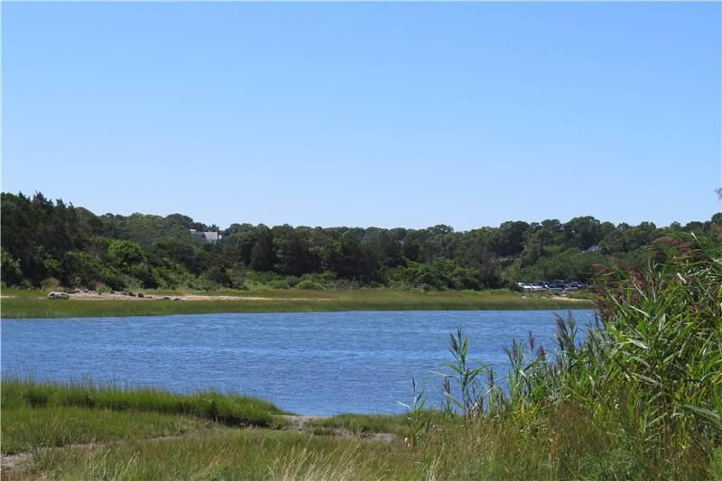 100 yards to water, Near Nauset beah - 3 Bedroom by Nauset Beach - Orleans - rentals