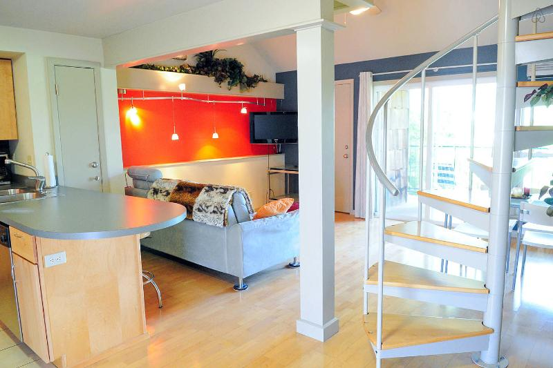 Modern Loft in the Heart of Austin! Quiet, Cozy, Convenient! - Image 1 - Austin - rentals