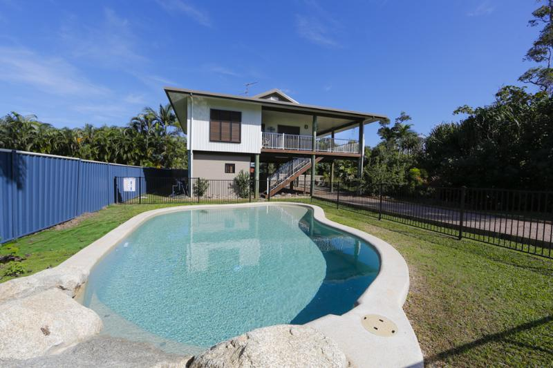 The Conch - Pool  - The Conch - Mission Beach - rentals