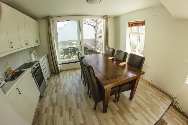Dining room and kitchen - Downtown Apartment - One bedroom large - Reykjavik - rentals