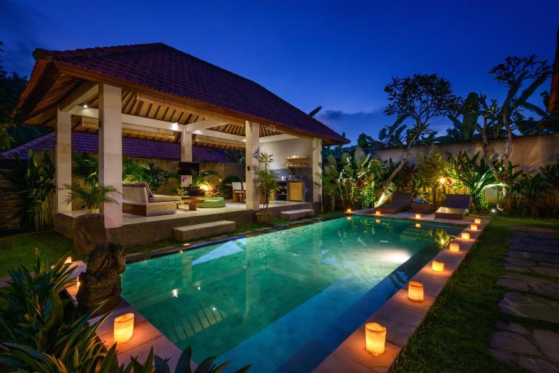 The villa at night - Exquisite 2BD Villa in Private Villa Resort - Canggu - rentals