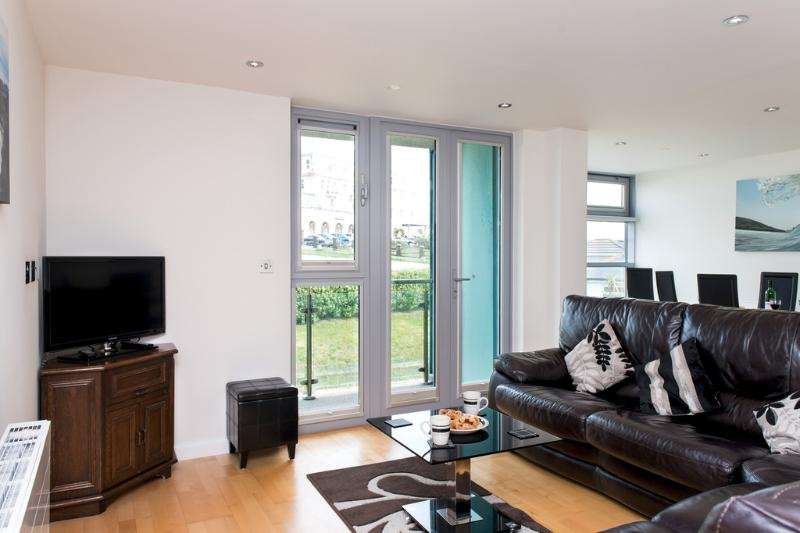 30 Zinc located in Newquay, Cornwall - Image 1 - Newquay - rentals