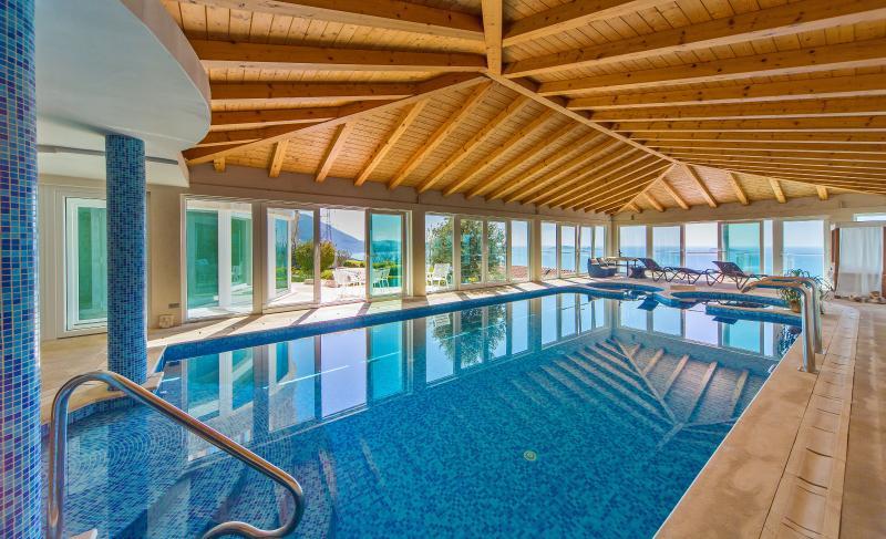 Swimming pool - Villa Residence Lantoni with big indoor swim. pool in Mlini , Dubrovnik - Mlini - rentals
