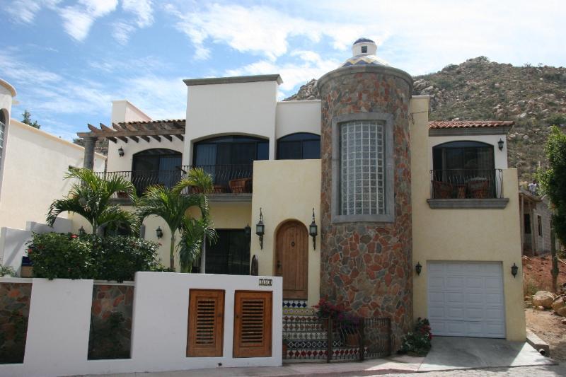 Casa Tres Hermanas - Image 1 - Cabo San Lucas - rentals