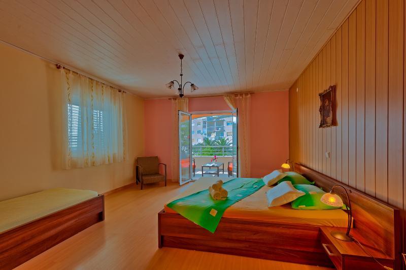 Apartments Komazin- SUNCE - Image 1 - Hvar - rentals