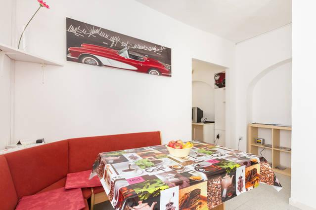 Dinning table - Studio-apartment Jery in Split, Croatia! - Split - rentals