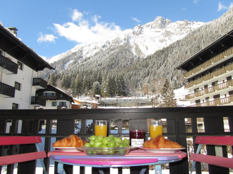 Le Petit Dejeuner sur le balcon! - Chemin des Bios - Chamonix - rentals
