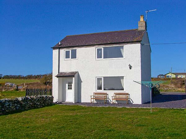 PENTRE IAGO, semi-detached cottage, surrounded by countryside, pet-friendly, in Rhoscolyn, Ref 29307 - Image 1 - Rhoscolyn - rentals
