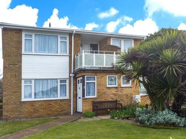 2 KINGSWAY COURT, semi-detached, enclosed lawned garden, shops and pubs within walking distance, in Seaford, Ref 922780 - Image 1 - Seaford - rentals