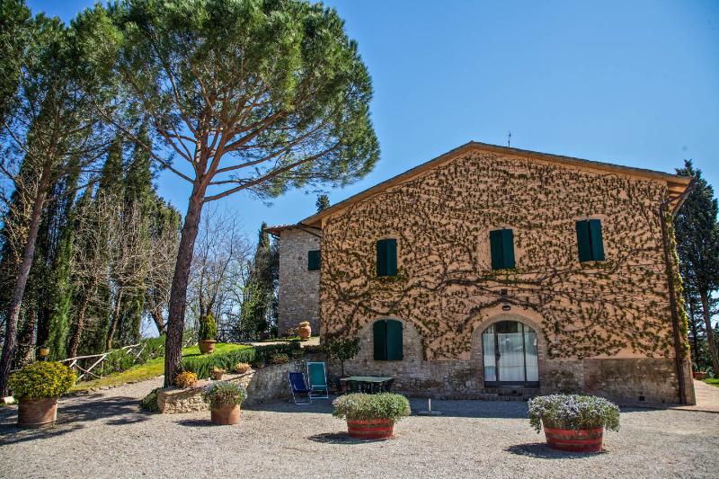 Tuscan countryhouse apartment in San Gimignano - Image 1 - San Gimignano - rentals