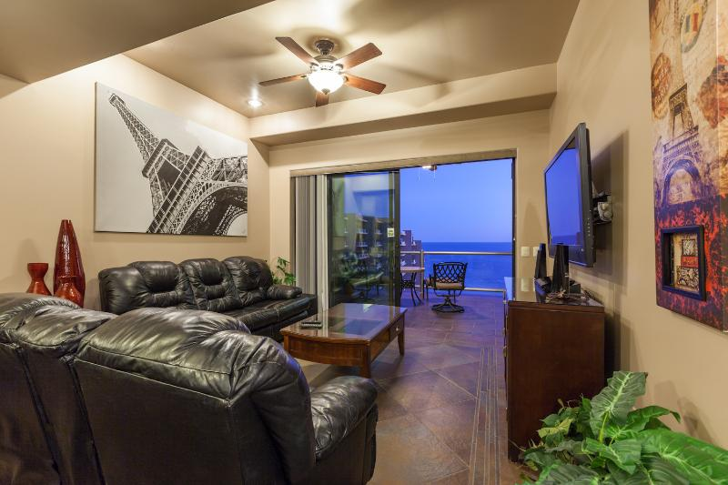Las Palomas Beautifully decorated & amazing views! - Image 1 - Puerto Penasco - rentals