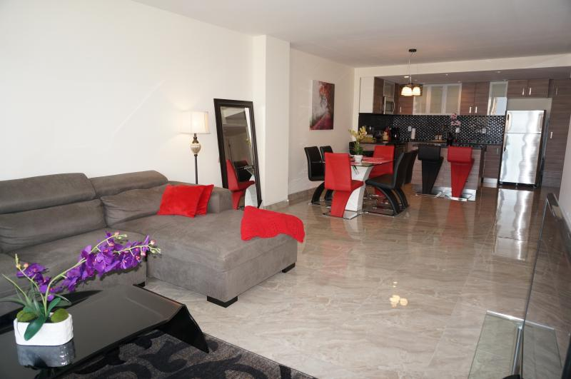 LIVING ROOM - DIRECT OCEAN VIEW  2/2 SUNNY ISLES ON THE 10TH FL - Sunny Isles Beach - rentals