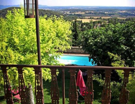 Holiday rental Villas Eguilles (Bouches-du-Rhône), 200 m², 2 700 € - Image 1 - Eguilles - rentals