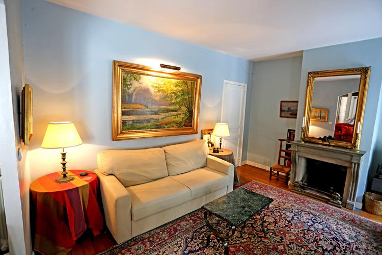Spacious, Light, and Elegant 2 Bedroom + 2 Bathroom Marais Apartment - Image 1 - Paris - rentals