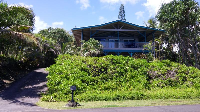 Paradise Cliffs Vacation Rental - Ocean Front!  Paradise Cliffs Vacation Rental - Pahoa - rentals