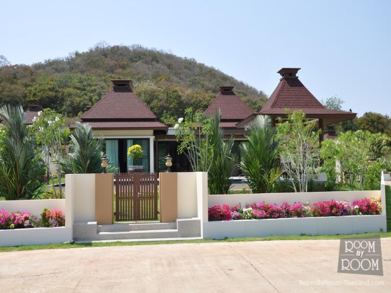 Villas for rent in Hua Hin: V6184 - Image 1 - Hua Hin - rentals