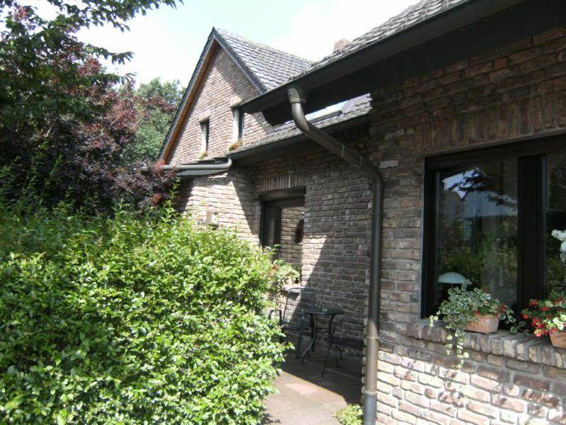 Vacation Apartment in Neukirchen-Vluyn - 452 sqft, comfortable, quiet, modern (# 5973) #5973 - Vacation Apartment in Neukirchen-Vluyn - 452 sqft, comfortable, quiet, modern (# 5973) - Neukirchen-Vluyn - rentals