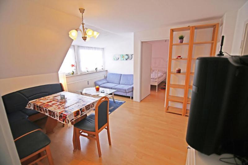 Vacation Apartment in Munich - 969 sqft, bright, comfortable, quiet (# 7352) #7352 - Vacation Apartment in Munich - 969 sqft, bright, comfortable, quiet (# 7352) - Munich - rentals