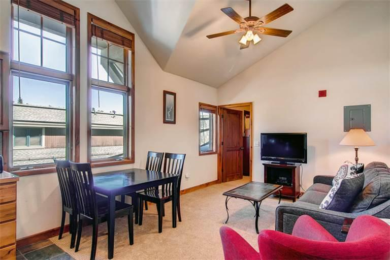 Appealing Breckenridge 1 Bedroom Ski-in - RB302 - Image 1 - Breckenridge - rentals