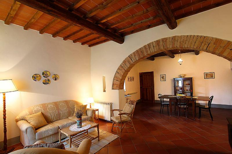 living room - GIALLO Immersed in the countryside, with pool - San Casciano in Val di Pesa - rentals