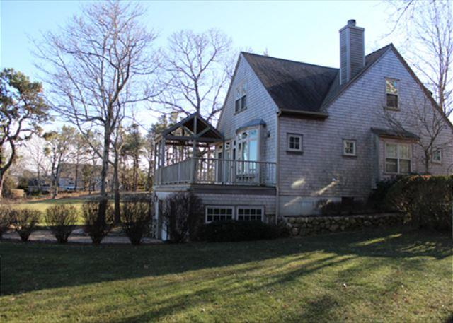 Wonderful Edgartown Home with Waterviews - Image 1 - Edgartown - rentals