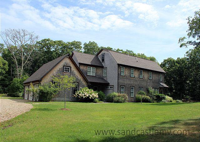 WALK TO BEACH FROM THIS TRANQUIL SETTING. HAS AC - Image 1 - Vineyard Haven - rentals