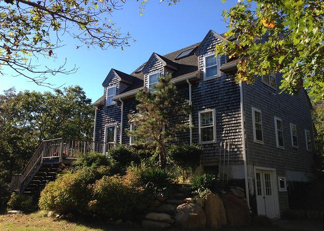 WONDERFUL EDGARTOWN VACATION HOME LOCATED CLOSE TO BIKE PATH, BEACH AND TOWN - Image 1 - Edgartown - rentals