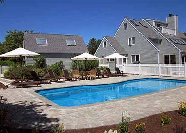 LUXURIOUS KATAMA HOME WITH A POOL - IDEAL FOR A FAMILY GETAWAY - Image 1 - Edgartown - rentals