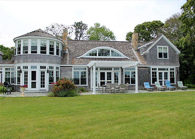 BEAUTIFUL WATERFRONT HOME OVERLOOKING VINEYARD HAVEN HARBOR WATERS - Image 1 - Vineyard Haven - rentals
