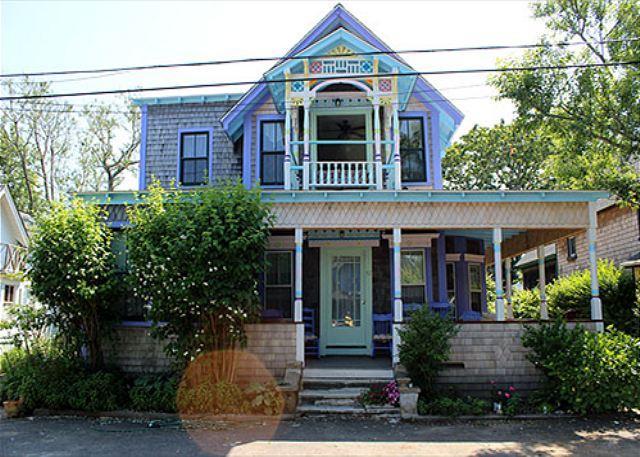 1870 Victorian Ginger Bread Cottage - Image 1 - Oak Bluffs - rentals